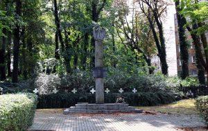 Pomnik i wojenny grób zbiorowy członków ruchu oporu
