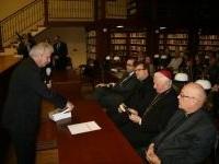 Promocja książki o Biskupie Kurpasie