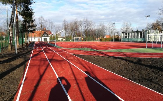 Budowa boiska wielofunkcyjnego w ZS3 w Mikołowie-Bujakowie