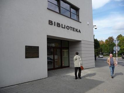 Adaptacja budynku kina na potrzeby Miejskiej Biblioteki Publicznej wraz z kinem studyjnym i sceną kameralną w Mikołowie