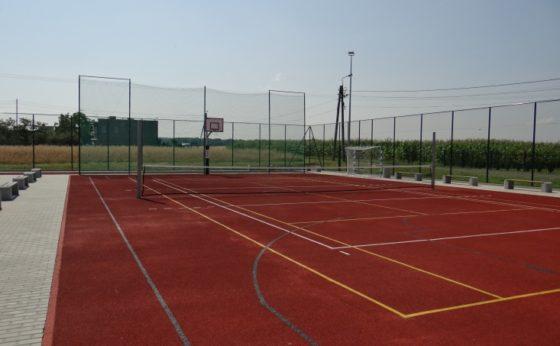 Budowa terenowych urządzeń sportowych i boisk sportowych przy Szkole Podstawowej nr 8 w Mikołowie –Paniowach