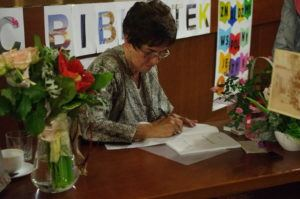 Spotkanie autorskie z Anną Oleś